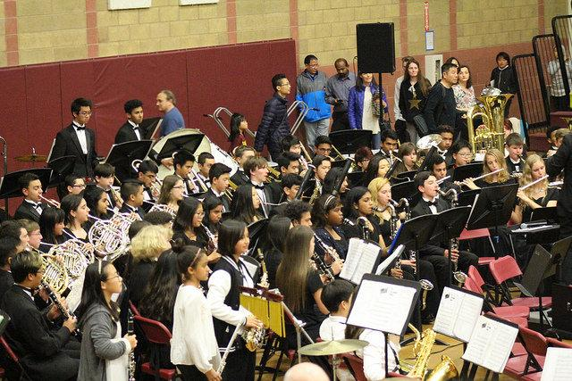 The+Dublin+High+School+concert+band+and+wind+ensemble+join+together+to+perform+at+the+district+concert.+