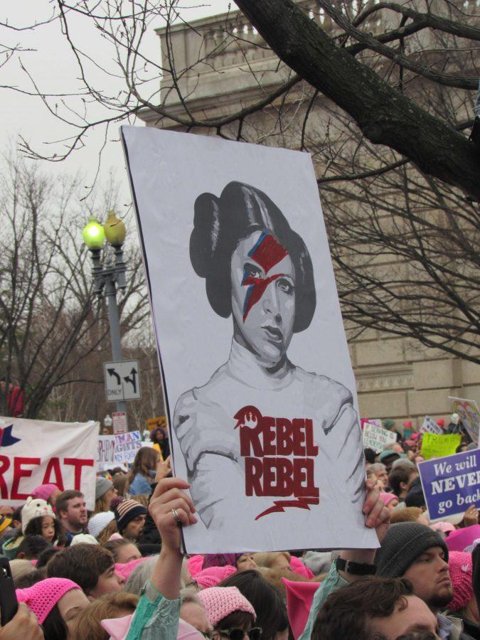 Carrie+Fisher%27s+legacy+as+strong-willed+Princess+Leia+was+honored+at+the+Women%27s+March+on+D.C.+in+marcher%27s+signs.