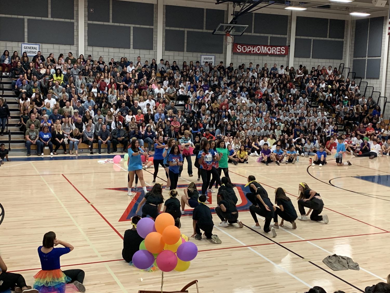 The Freshmen perform a Tik Tok dance.
