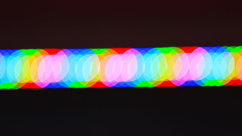 800px-LED_lights_10703869715